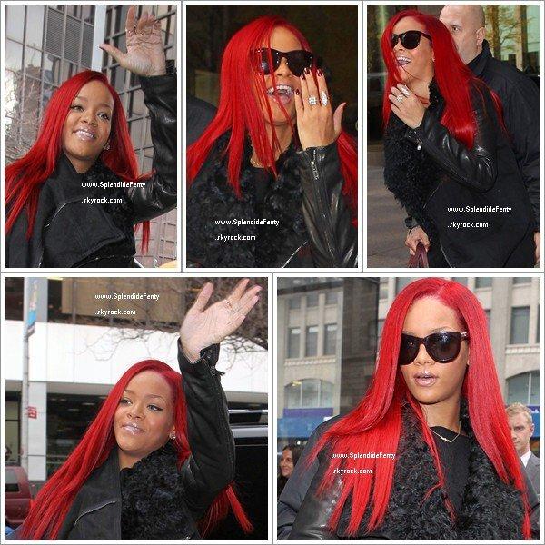 Nouvelle Coupe Rihanna: 15.11.2010 : La Nouvelle Rihanna Au Cheveux Long Est De